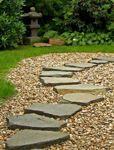 Pea Gravel Stepping Stone Path